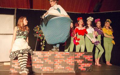 Mainstage: Alice in Wonderland