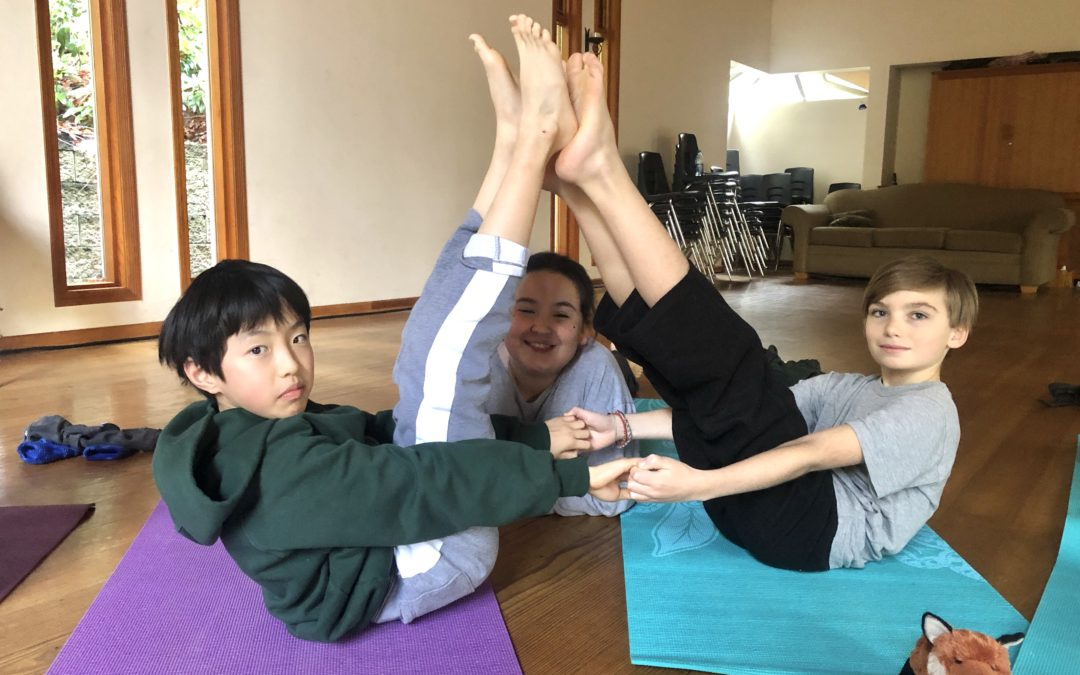 Learning and Teaching Yoga in Junior Physical Health Education